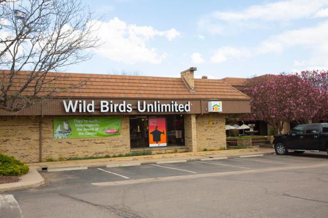 Identificar un nido de colibrí | ThriftyFun